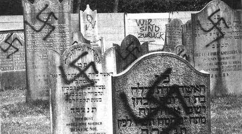 Paul Peters' vandalism at Oosterhout Jewish cemetery