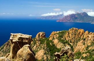 Corsica. Photo: http://photo.speedresa.com/ via ailleurs.com