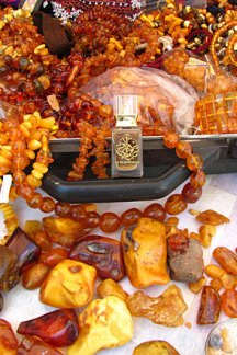 "Photo by AbdesSalaam attar of his Baltic ""Amber Suitcase."" Source: La Via del Profumo website."