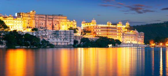 The City Palace complex on Lake Pichola. Source: getaboutasia.com