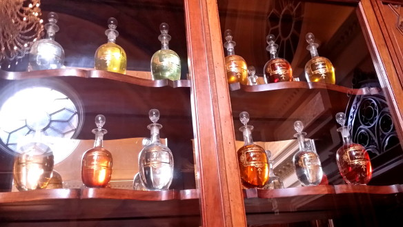 Urns of perfume, liqueurs or other products. Photo: my own.