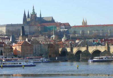 Schloß und Karlsbrücke