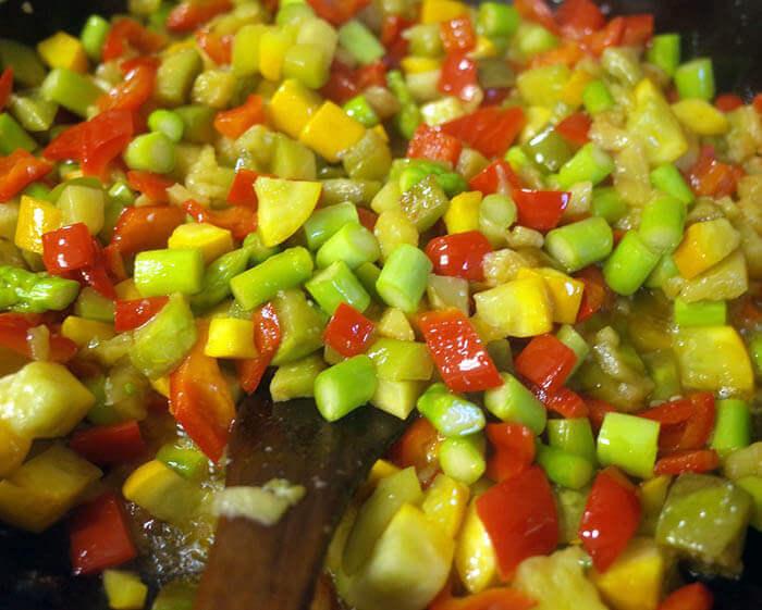 夏野菜と魚醤のパスタ