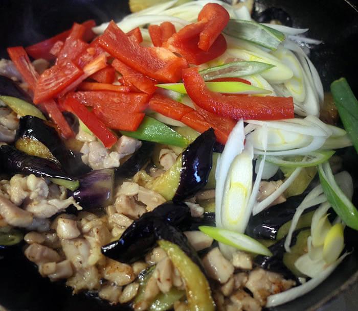 茄子と鶏肉の中華炒め