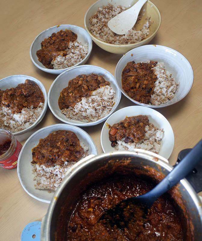 北アフリカ風牛肉と豆の煮込み