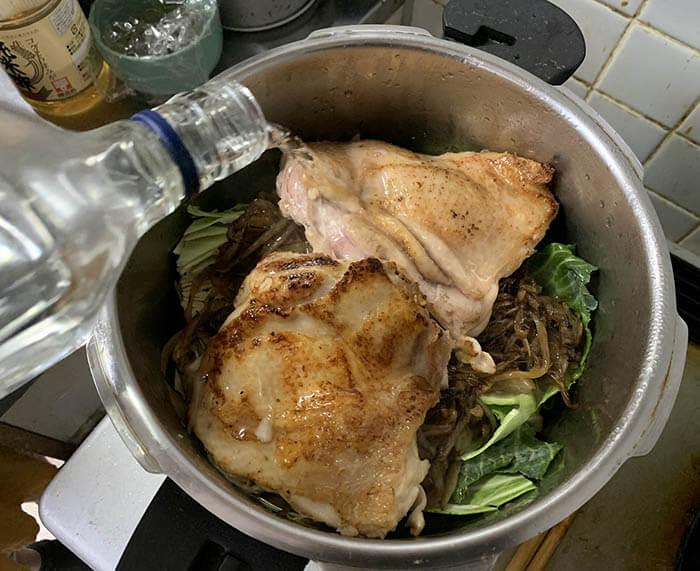 春キャベツと鶏肉の煮込み