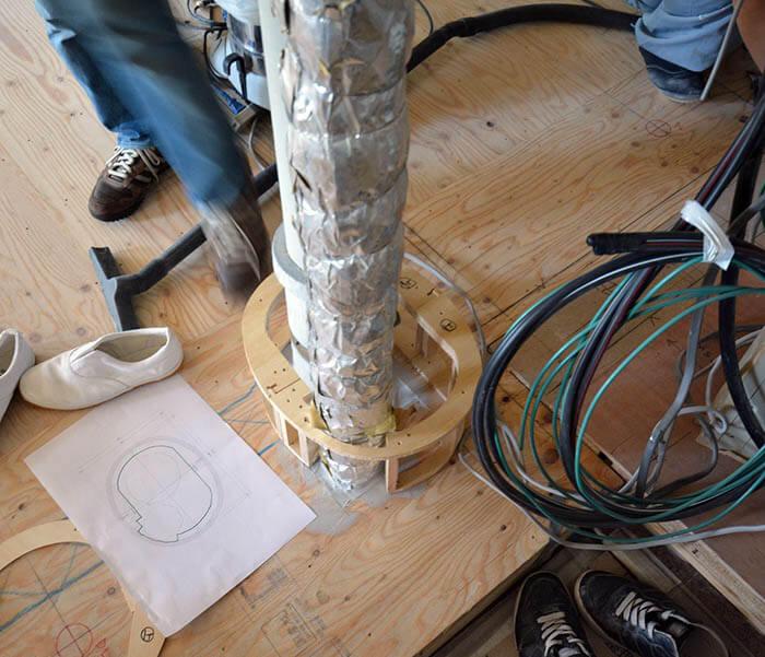 上下階を貫通するパイプカバーの作り方