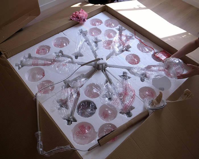 輸入シャンデリア照明の梱包