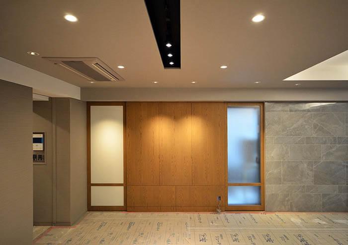 松濤D邸リノベーションの壁デザイン