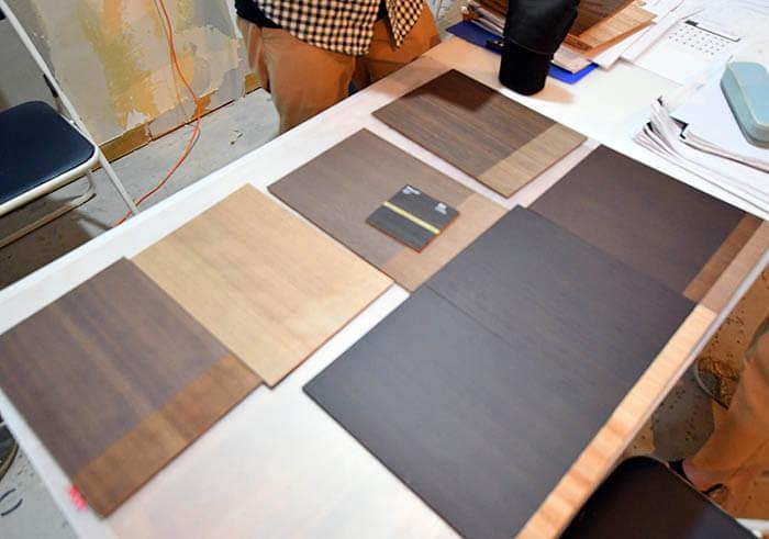 家具用の突板塗装サンプル