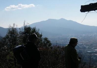 B班:雨引山頂上付近からの筑波山