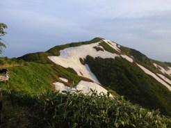 中ノ岳縦走路より駒ヶ岳を見る