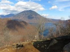社山の登りの途中の景色,中禅寺湖と男体山