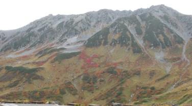 これから登る立山三座
