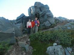 岩と一緒にパチリ