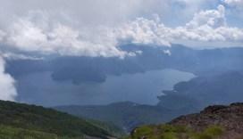 頂上付近からの中禅寺湖
