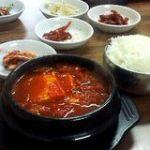 大久保という土地の韓国料理店