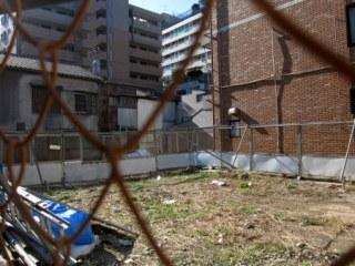 早稲田通りの空き地