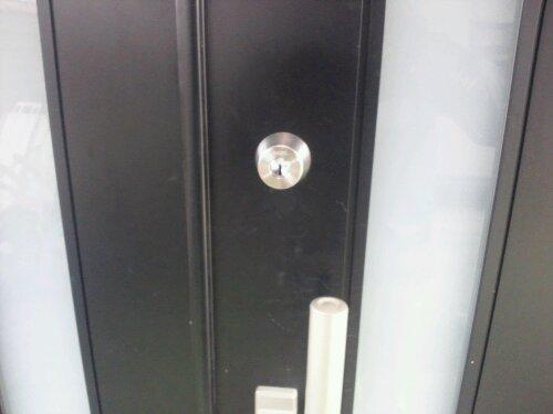 たつの市で玄関 プッシュプル錠修理と鍵取替え 20120615