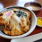 熊谷市佐谷田「加賀家食堂」の上ロースカツ丼と生姜焼き定食とラーメン