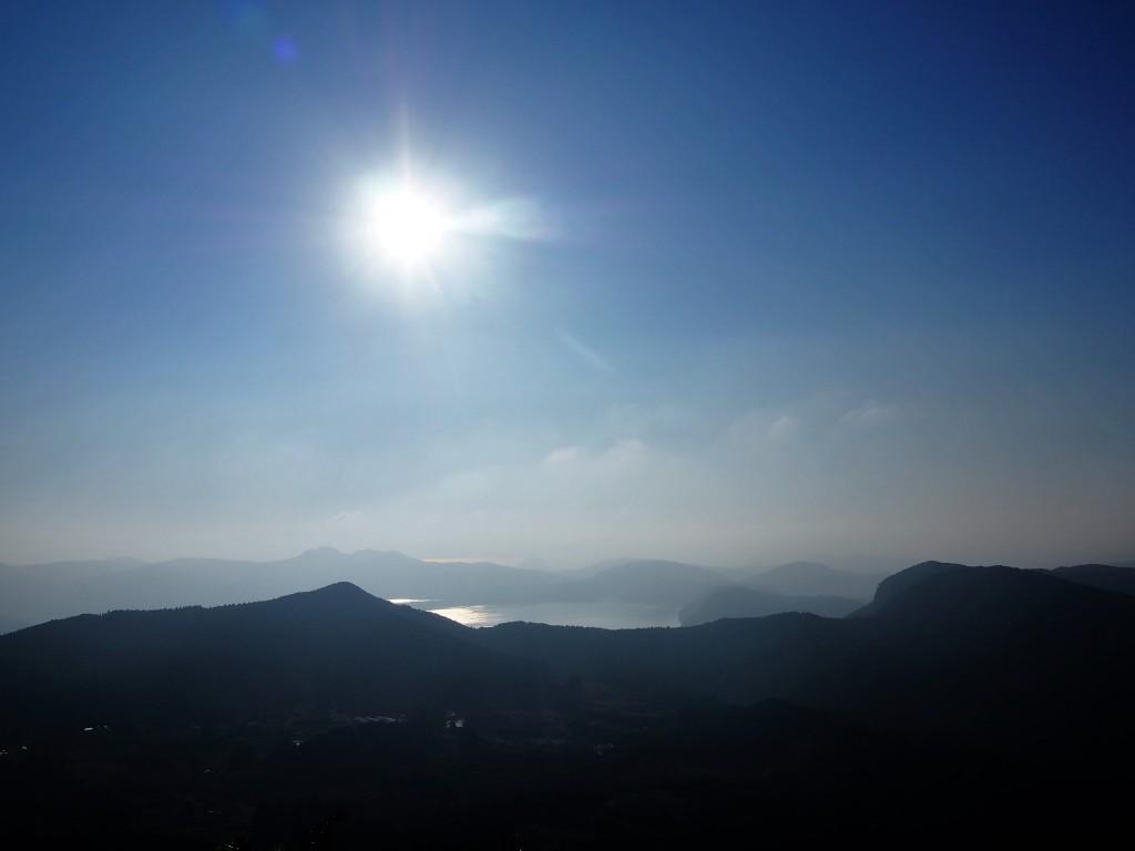 大野岳から眺めた池田湖
