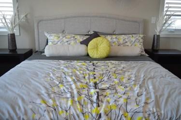 北欧風インテリアで寝室をおしゃれに!ベッドカバー特集!