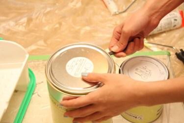 木製家具を塗装でリメイク!最適な塗料と塗り直し方法とは?
