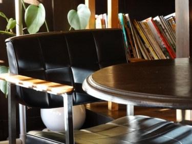 ダイニングテーブルは丸いと不便?使い勝手がいいテーブル