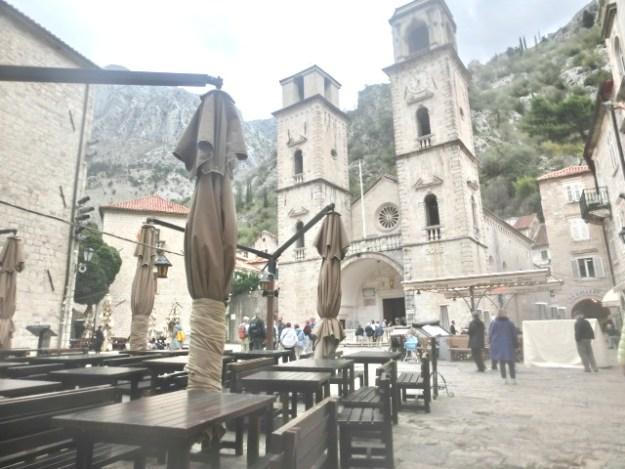 聖トリファン大聖堂