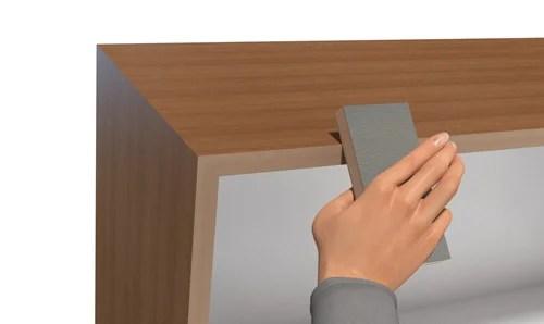 扉の付いた簡単な箱角仕上げ