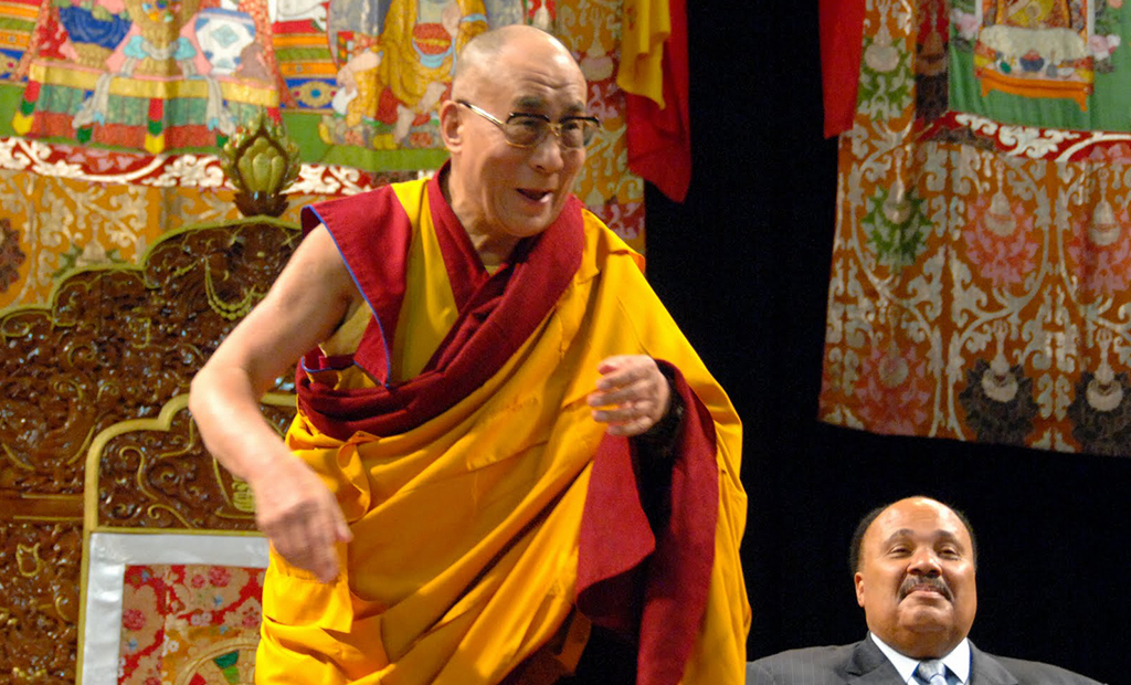Karmapa Arrives in USA to Receive Kalachakra Teachings from HH the Dalai Lama