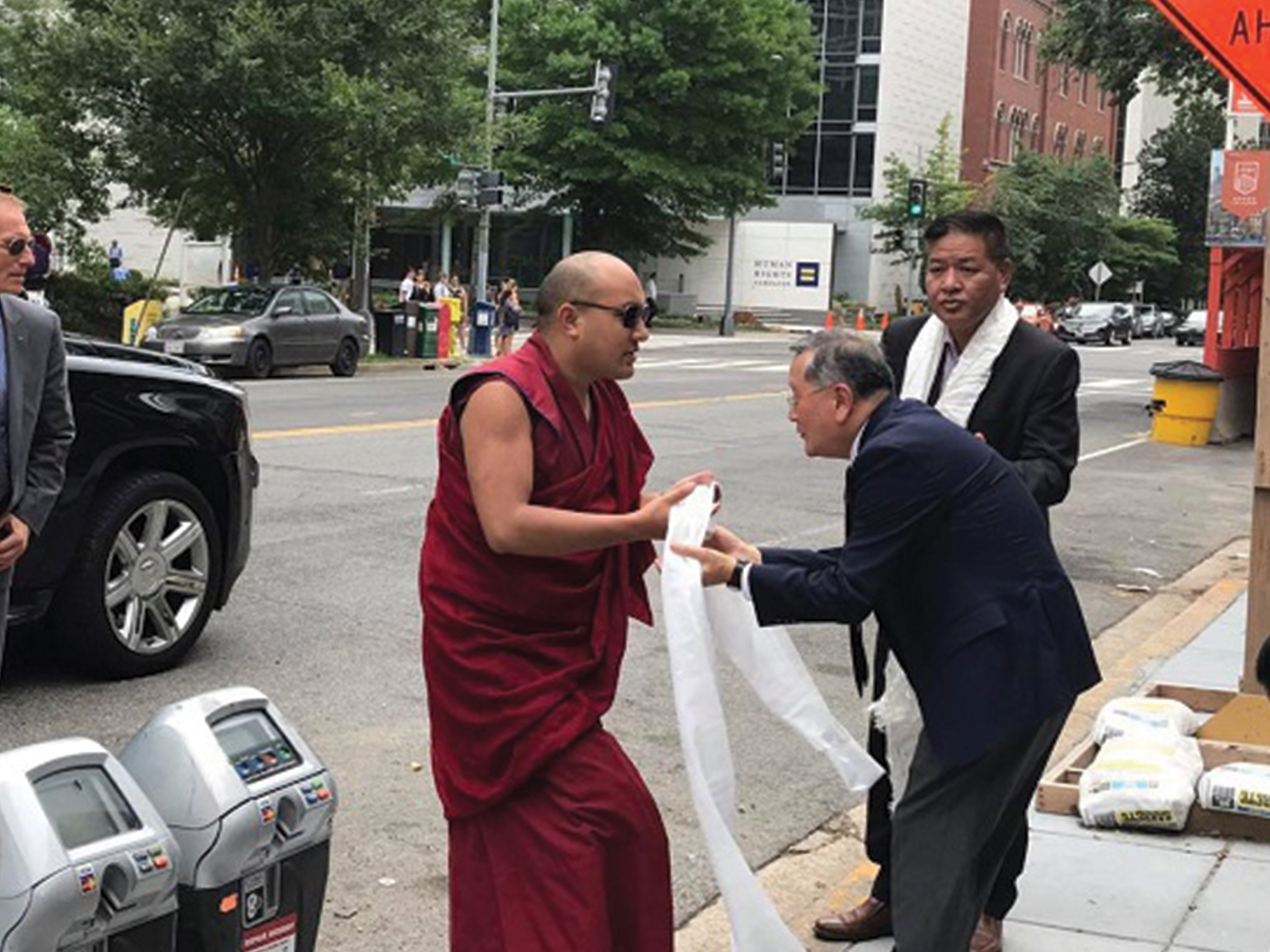 Gyalwang Karmapa Rinpoche Visits Office of Tibet in Washington DC