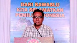 Komisioner Panwaslu Kab. Bima, Junaidin SPd