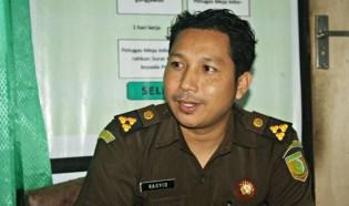 Kasi Intel Kajari Raba Bima Lalu Muhammad Rasyid, SH. Foto: Bin