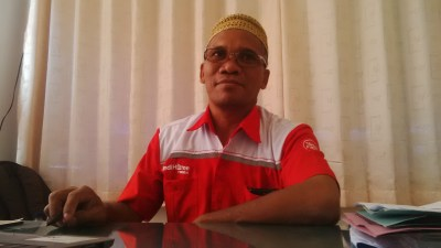 Asisten Manager Customercare and Sales PT. Telkom Indonesia Bima, H. Usran. Foto: Bin