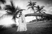 Hawaiian style black and white
