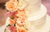 Gorgeous Rose Inlaid Wedding Cake