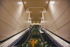 Amazing Kauai Photographer captures newlyweds on the Kauai Marriott elevator