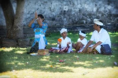 インドネシア、バリ島の恋愛、結婚、離婚について