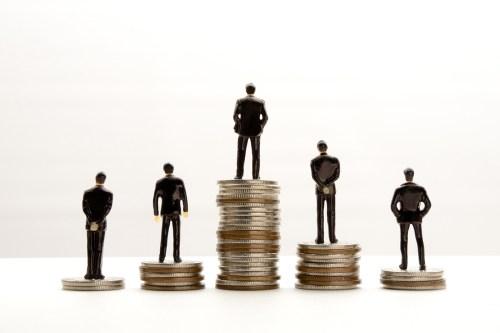 税理士の平均年収は高い