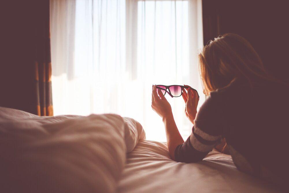 枕を変えればうつ伏せ寝が楽に?メリットだらけのうつ伏せ寝のススメ