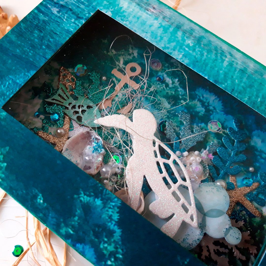 Deep Sea Photo Box Tutorial by Tatiana Yemelyanenko