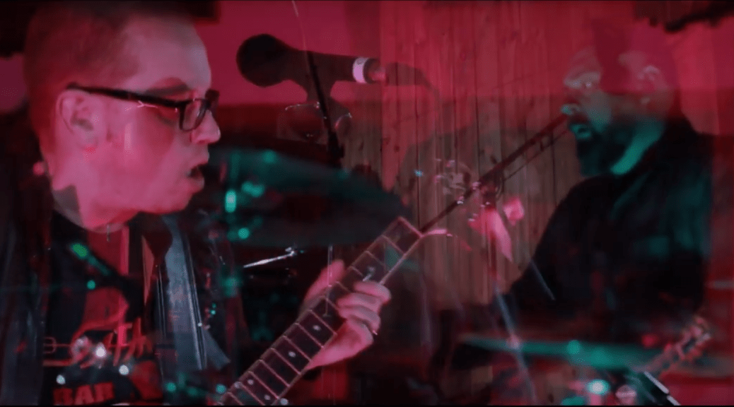 Stereo Creeps playing live at Earwig Sessions Volume 3