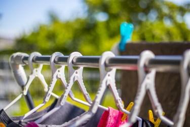 物干しハンガーが飛ばないための工夫。強風でも洗濯物は安心