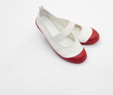 上靴の洗い方とは?白くするコツとポイントを紹介します