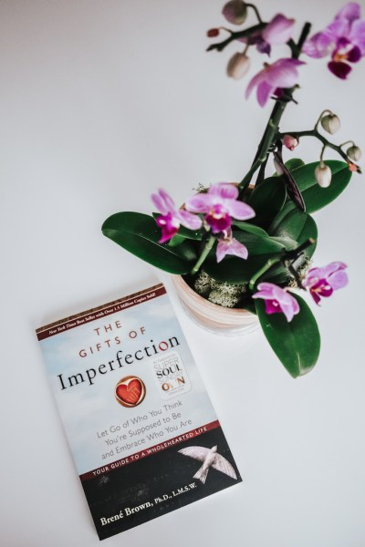 The Gifts of Imperfection: Summary & Takeaways