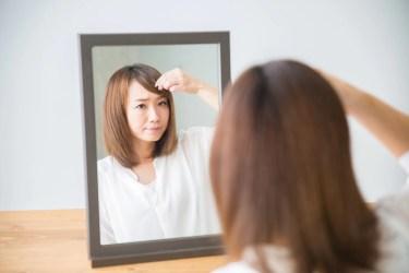 簡単に前髪にクセを付けることができる「くるんっと前髪カーラー」