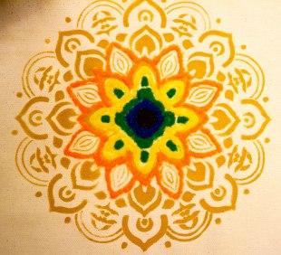 sand_mandala_meditation_workshop_kaizen_tree7