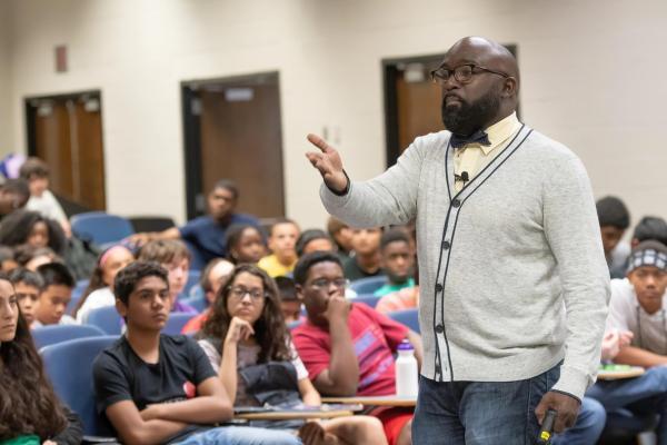 Stem Education & School Motivational Speaker Kantis Simmons