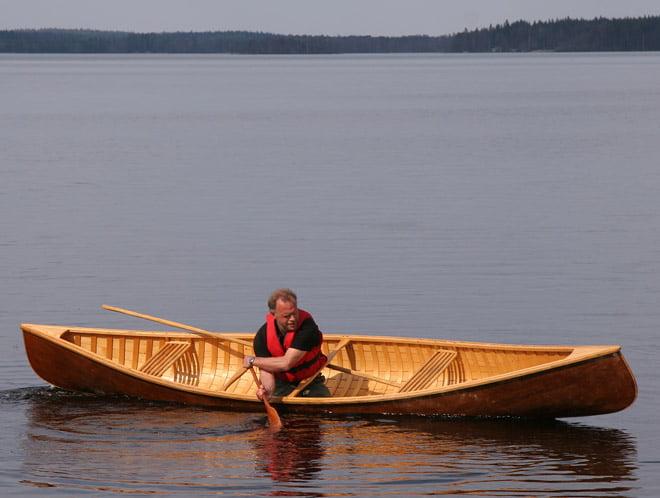 Bo Weslien visar hur man hanterar en kanadensare på ett koolt sätt